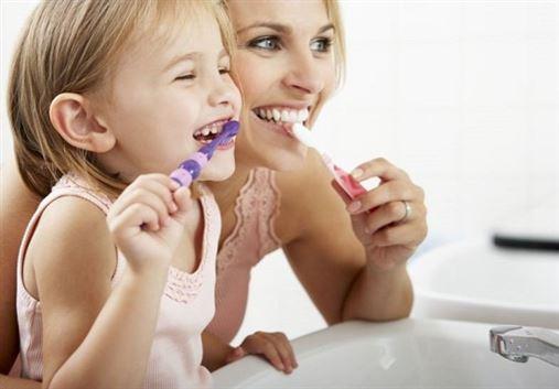 Uma 'vida' escovando os dentes