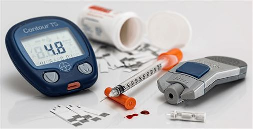Cuidados com pacientes diabéticos na Odontologia: riscos e tratamentos