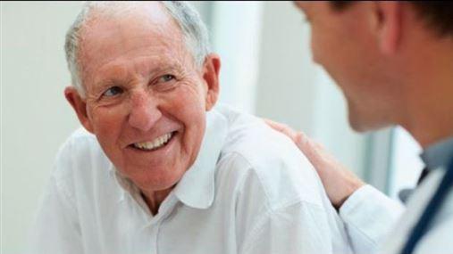 O que todo dentista deve se lembrar ao realizar tratamento periodontal em idosos