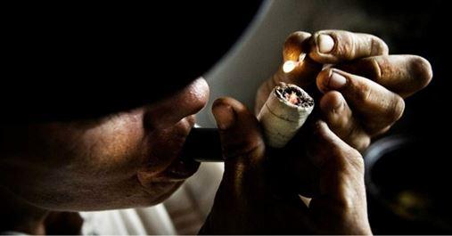 Usuários de drogas têm mais problemas de saúde bucal e menos acesso ao tratamento