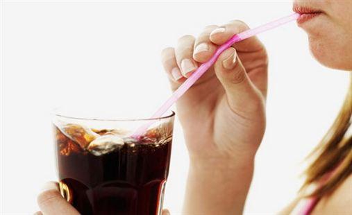 Erosão dentária, saiba o que é e como evitar