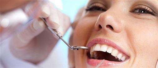 Ortodontia estética recupera sorrisos