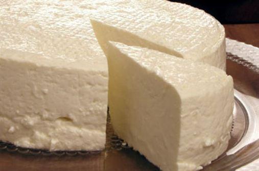 Consumo de queijo ajuda a proteger os dentes contra cáries