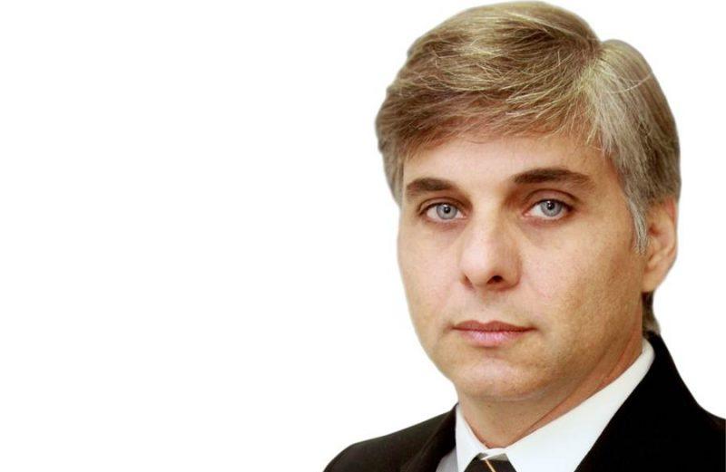 ENTREVISTA – PROF. DR. DENNYSON HOLDER
