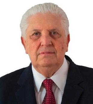 ENTREVISTA – PROF. DR. EUSTÁQUIO ARAÚJO
