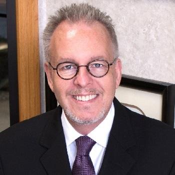 Entrevista – Dr. Jay Bowman